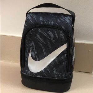 Nike insulated lunch bag/box
